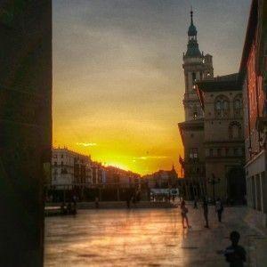 atardecer_Zaragoza_viajar_bebé