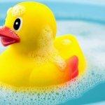 Bañar al bebé, ¿un momento relajante?