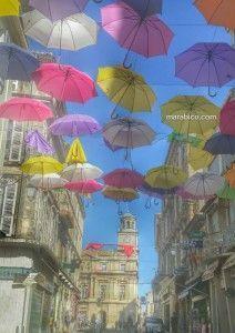 Arles_Francia_paraguas.jpg
