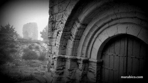 La corona ermita y fortificación en Erla